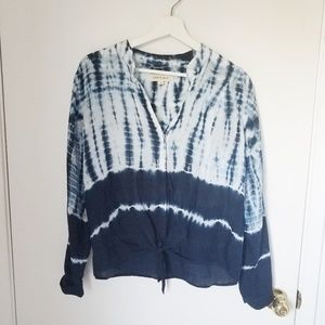 Cloth & Stone tie-dyed tie front blouse EUC